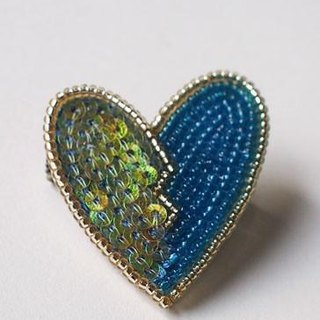heart brooch blue