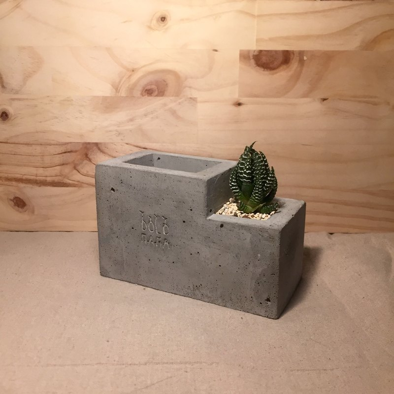 Eagle Claw   Office Accessories   Succulent Pen Holder (with Plant)  Exchanging Gifts   Designer Dolomama | Pinkoi