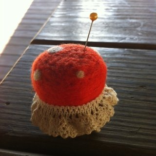 Wool felt wooden seat pin plug (orange)