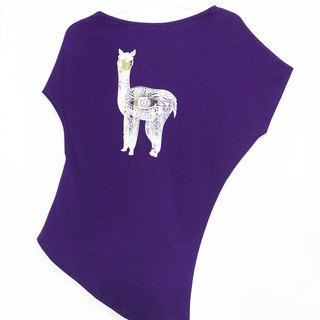/ Valentines Day gift / Women personality oblique irregular oblique Tee / T-shirt - mud horse Peruvian alpaca (purple)