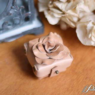 Fading Mist vegetable tanned cow leather rose ring box