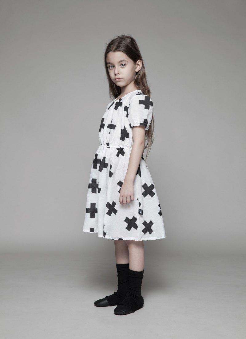2015 NUNUNU 滿版十字款束腰洋裝