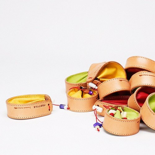 Handmade imported Italian vegetable tanned leather coin pouch earbud summer four colors into the • Bodhi said: Fostyle