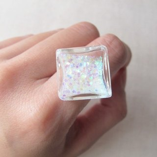 * Rosy Garden * Symphony sequined white water flowing glass snowflake diamond ring