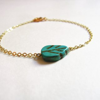"""KeepitPetite"" nature · · Gold plated blue turquoise bracelet small leaves"