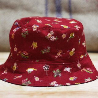 {Red} Japanese fisherman hat