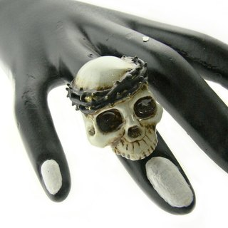 Realistic Skull with thorn crown ring in brass with painting enamel ,Rocker jewelry ,Skull jewelry,Biker jewelry