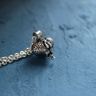 ▽- Housefly Necklace -▽ 925 necklace