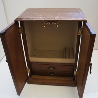 Model mini wood jewelry hanging wardrobe boxes PdB New York antique collections stand