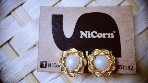 NiCorn hand made - hair happiness - gentle iron White Rose retro earrings (ear clip-on)