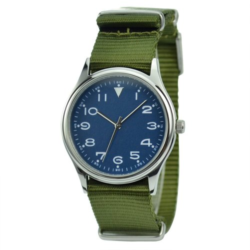 Casual watches with nylon straps
