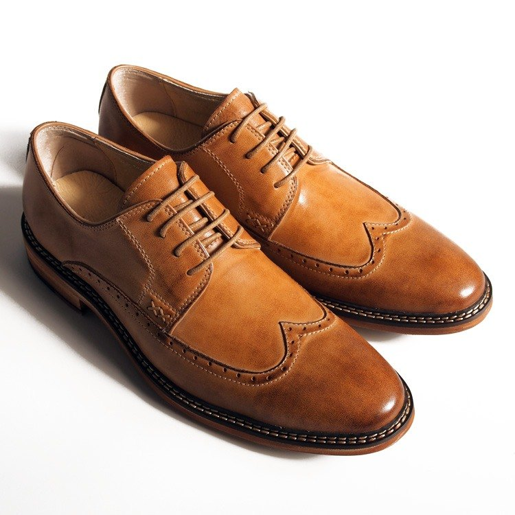 Hand-Made Calfskin Wood Wing Pattern Carved Debbie Shoes - Caramel Color - Free Shipping - B1A16-80
