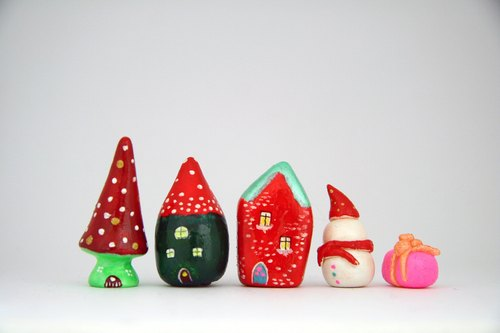 Little House Little House - Winter St. Ting Limited Limited - Happy St. Ting mushroom house / warm San Ting pencil house / Nordic brick house / mini snowman / St. Ting gift combination