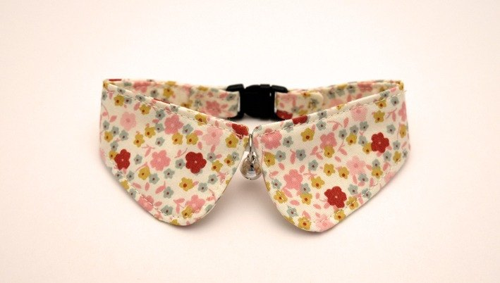 [Miya ko.] Handmade cloth grocery cats and dogs tie / collar round edge / bow / lovely flowers / pet collars