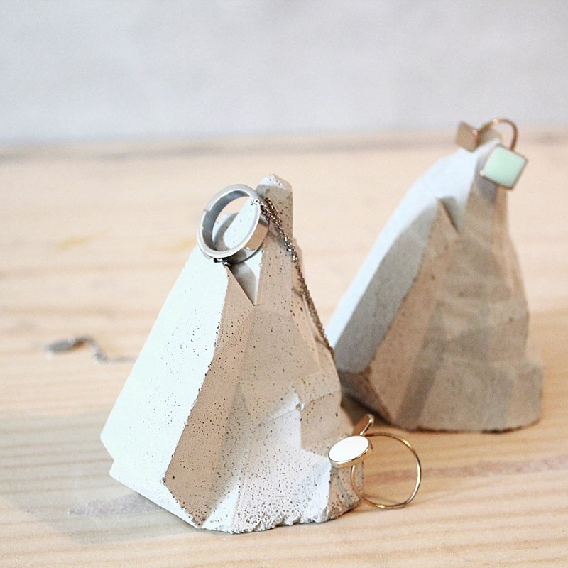 Geometric cement iceberg / industrial wind ornaments / jewelry rack