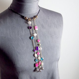 [between town and country] necktie concept color bead chain / necklace