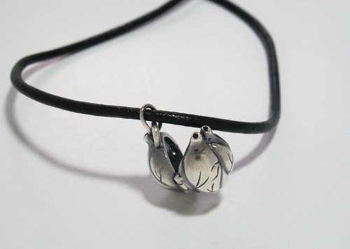 Silver Necklace - Acacia Heart (vintage black leather cord +) {Heart Lockets / 925 Sterling Silver}
