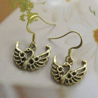 Green bronze earrings Little Swan