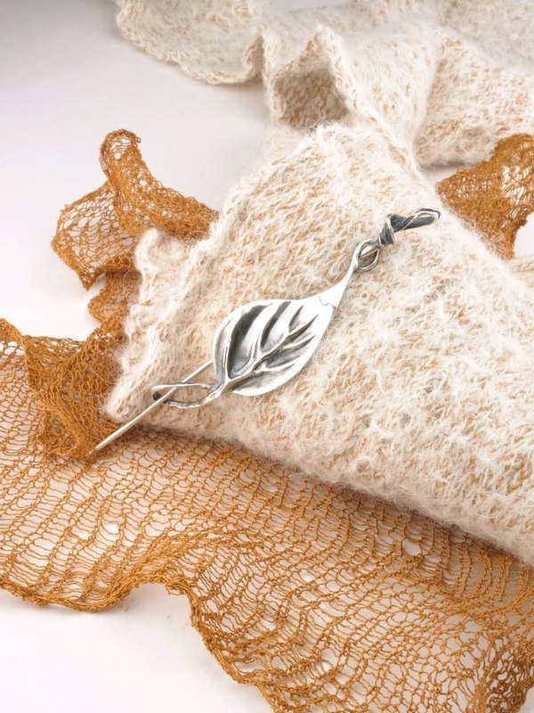 Fall In Love Handmade Silver Fairy Leaf Shawl Pin Gift For Her Mom Wife Date Christmas Birthday Anniversary for Knitwear