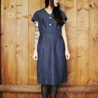 F812 (Vintage) dark gray textured striped denim dress