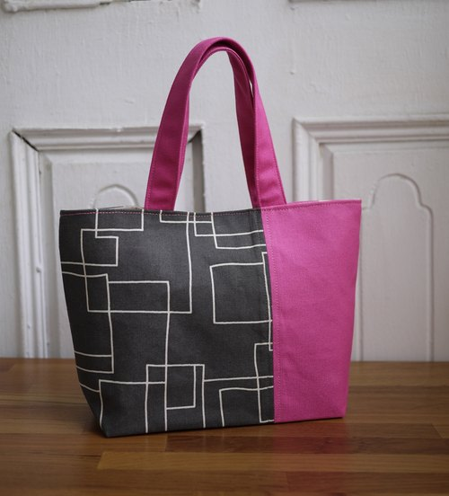 [Katie. C Katie. heart. ] Feel life easy walking small bag / lunch bag / package = Nordic Walking minimalist lines = iron gray / pink spot =