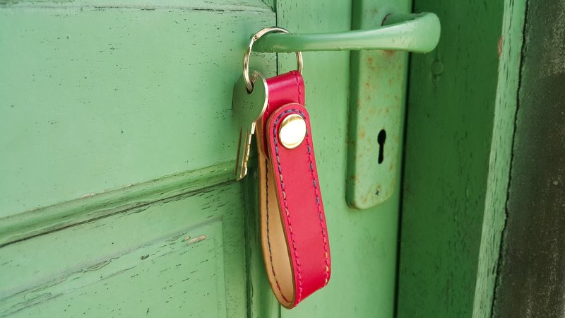 [Koike Pao firm] to open the door. Key ring / OPEN DOOR KEY RING / double vegetable-tanned cowhide / Nihonbashi three-color printing line / hand-made leather / leather Exclusive custom leather wedding couple