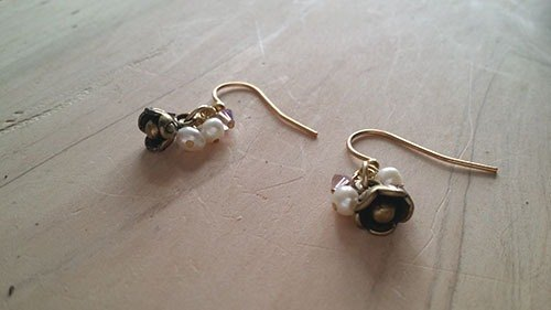 Kee Ling Tong set decoration - Rose Tutu as name} {import copper natural white pearl earrings Swarovski crystal beads
