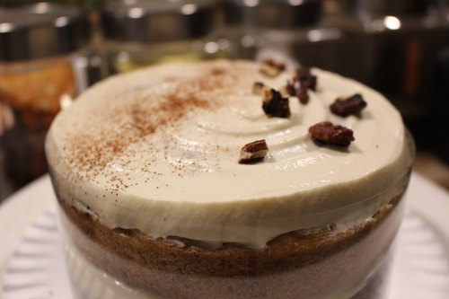 Cheese carrot cake