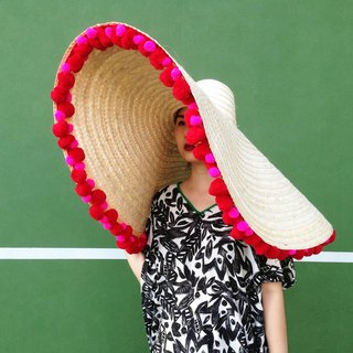 'BIN-DAI' Bamboo Beach Mega Hat in Tutti Red