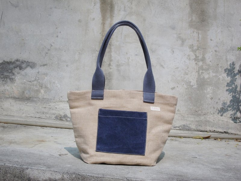 [ZhiZhiRen] and knitting handbag / shoulder bag - blue