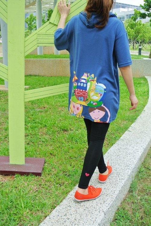 LOVE FAMILY Short Hoodie-Blue