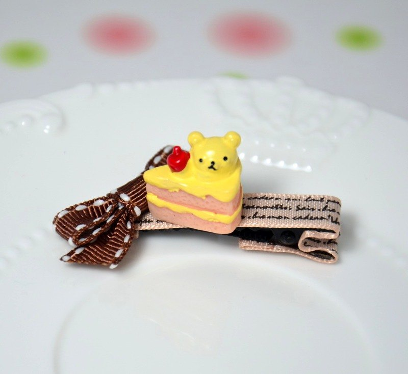 Dessert hairpin - Cherry Bear cake