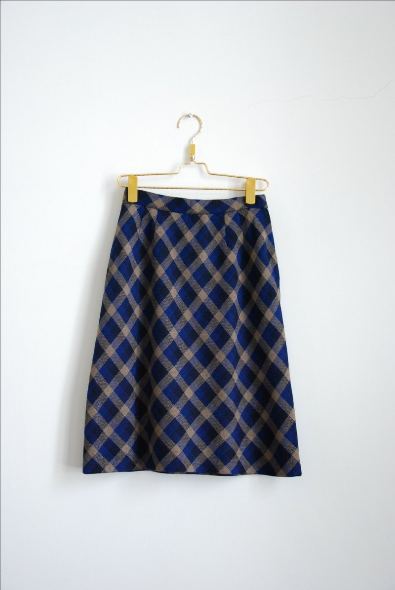 Langer wool skirt