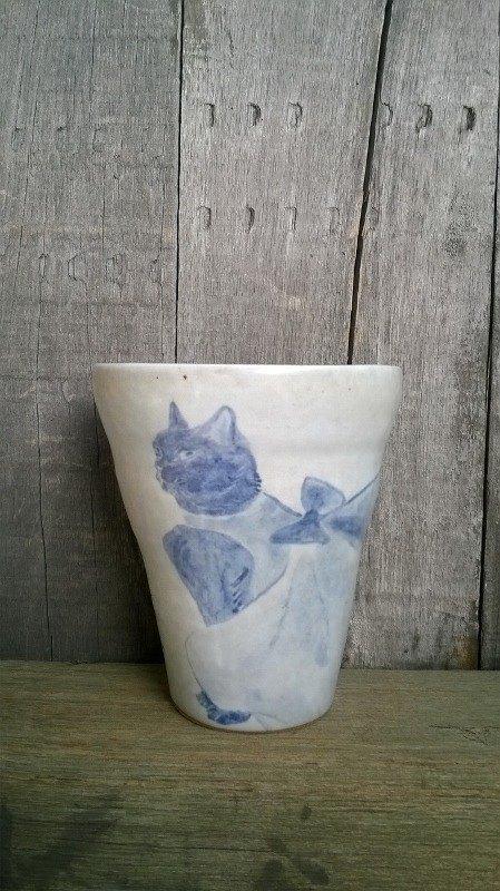 潤白青花繪-洋裝貓手感握杯