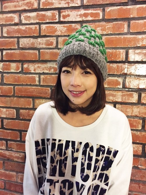 【Grooving the beats】Handmade Hand Knit Wool Beanie Hat(Stripe_Light Grey+Green)