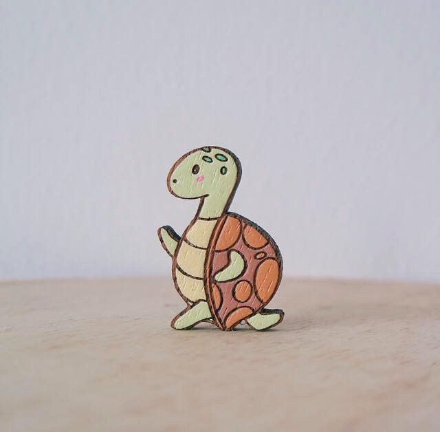 Wooden Brooch Tortoise