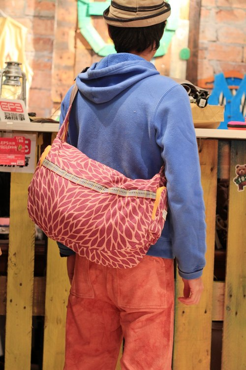 "EARTH.er  │""PINK BIKE"" Natural Dye Biking Shoulder Bag│"