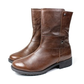 Coffee │ symmetrical whims boots