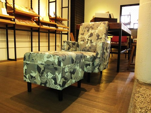 Tokoro sand flowers - handmade furniture reuse old sofa in a little camouflage conflict arrogant fashion
