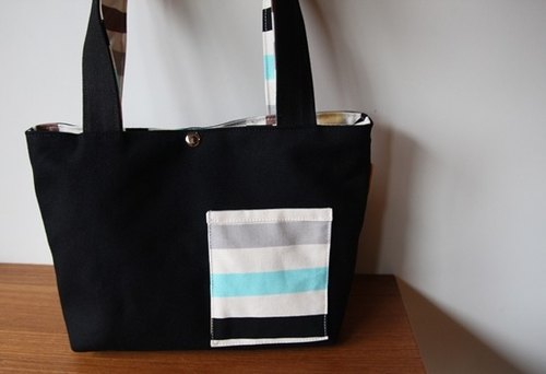 [Cloth. Cotton] black canvas bag walking: Striped