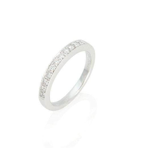 "Design your "" Love "" classic white diamond wire ring (price is only reference price, please contact with the designer)"