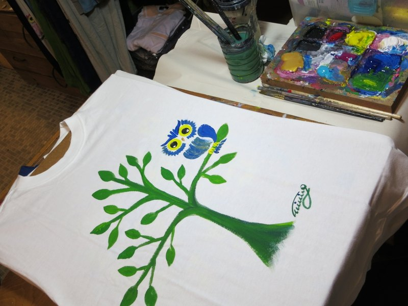 Lonely Tree, Lonely Bird Winwing hand-painted clothing