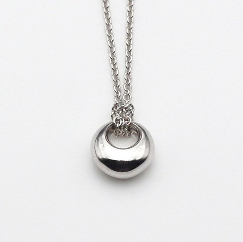 Last quarter moon ( Medium ) Silver Necklace