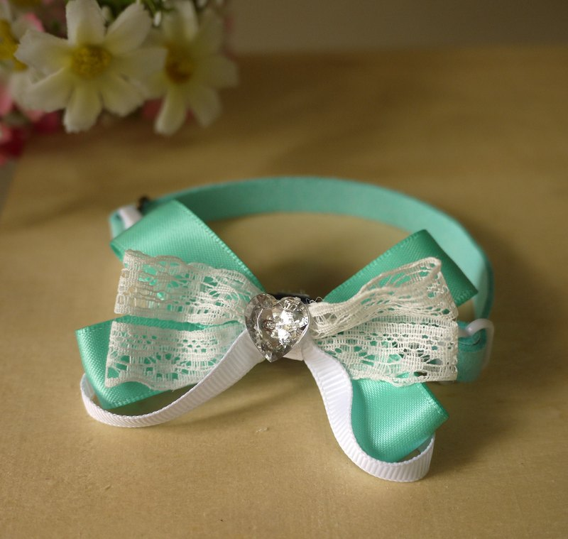 Tiffany Green [x] safety pet collar lace love type small cats and dogs / Collar / tie / Jojo ♥ cherry pudding Cherry Pudding ♥