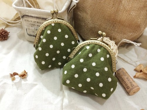 CraftsMan Workshop hand-made bronze mouth gold purse - green matcha dots