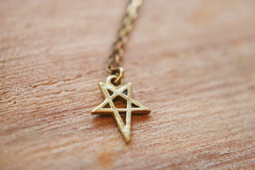 < ☞ HAND IN HAND ☜ > brass - empty brass pentagram necklace (0489)