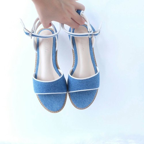 PH 05 Blue jean sandal