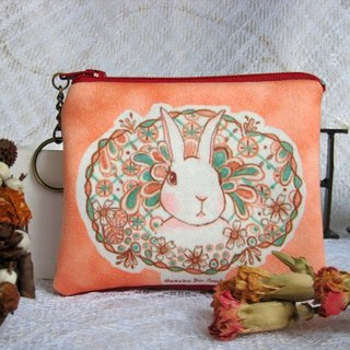 <Animals in the Secret Land> The Rabbit in bushes coin purses (small size)