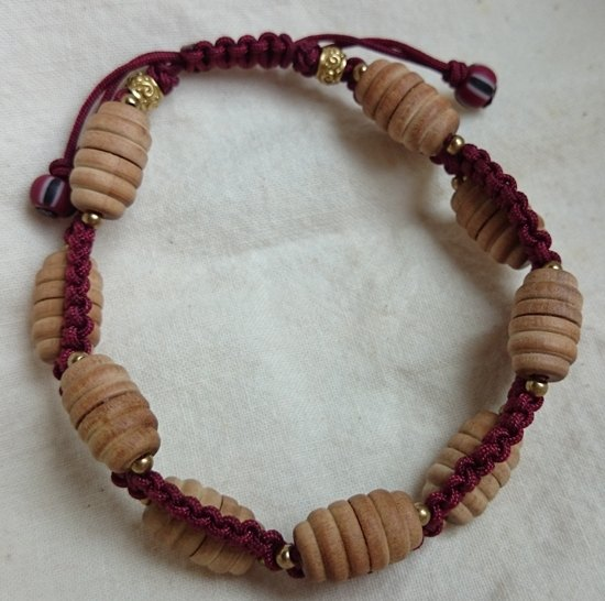 Natural sandalwood beads bracelets braided wave - Tibet red