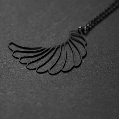 Black wings necklace Black Wing Pendant (S)